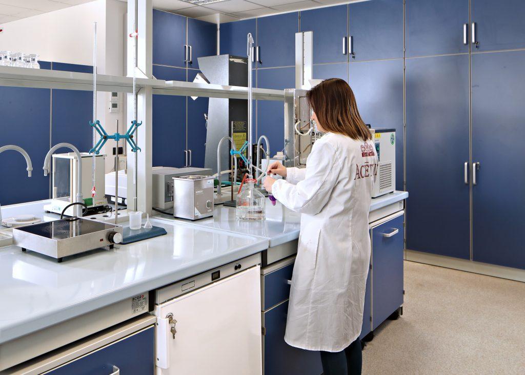 Acetum lab for product development